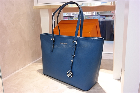 b88ed1d5edaf6b Michael Kors Jet Set Travel Saffiano Leather Top-Zip Tote Steel Blue ...
