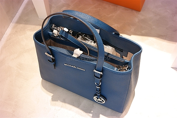 697016871b97 Michael Kors Jet Set Travel Saffiano Medium Tote Bag Steel Blue ...