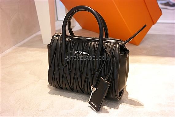 7f203721ddc9 Miu Miu Matelasse Crossbody Bag Black 5BB008 N88 F0002 - REVE LABEL