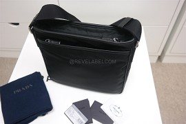 cdcbc833574a2b Prada Men Messenger Bag Black 2VH797_064_F0002_V_OOO (8)